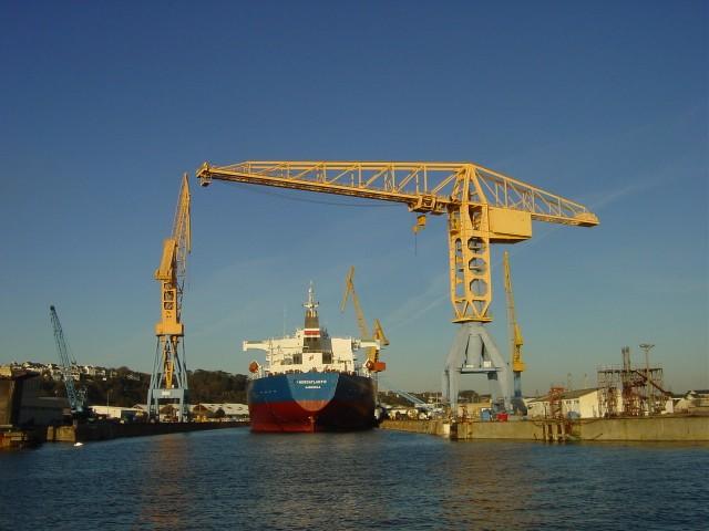 Le port de commerce geowiki - Restaurant port de commerce brest ...